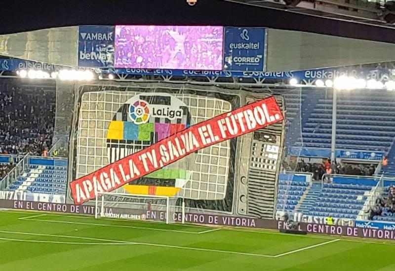 «Apaga la tv, salva el fútbol»