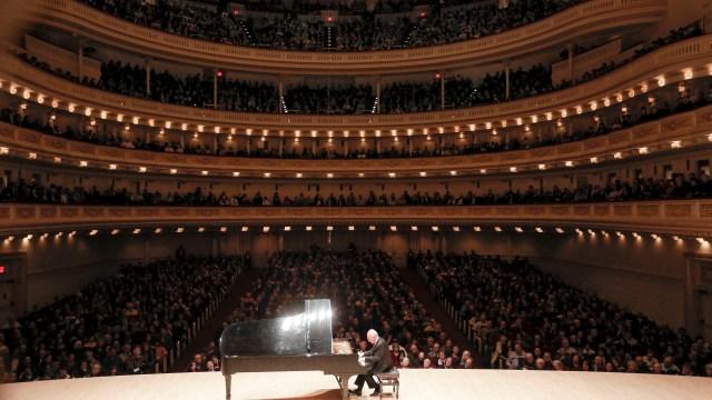 MAURIZIO POLLINI @ Carnegie Hall