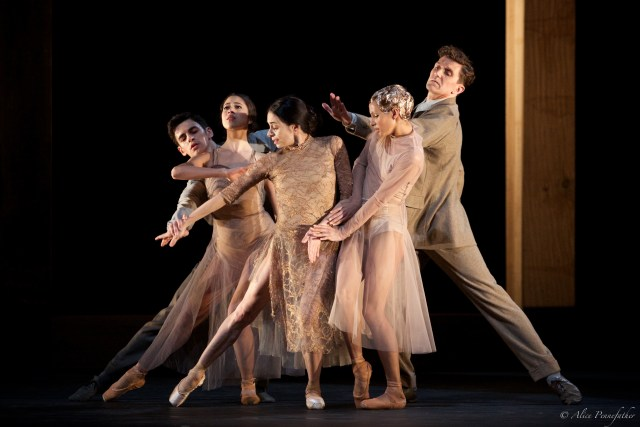 Woolf Works ROH 2015 - Photograph by Alice Pennefather