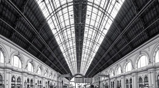 Life at Keleti Station