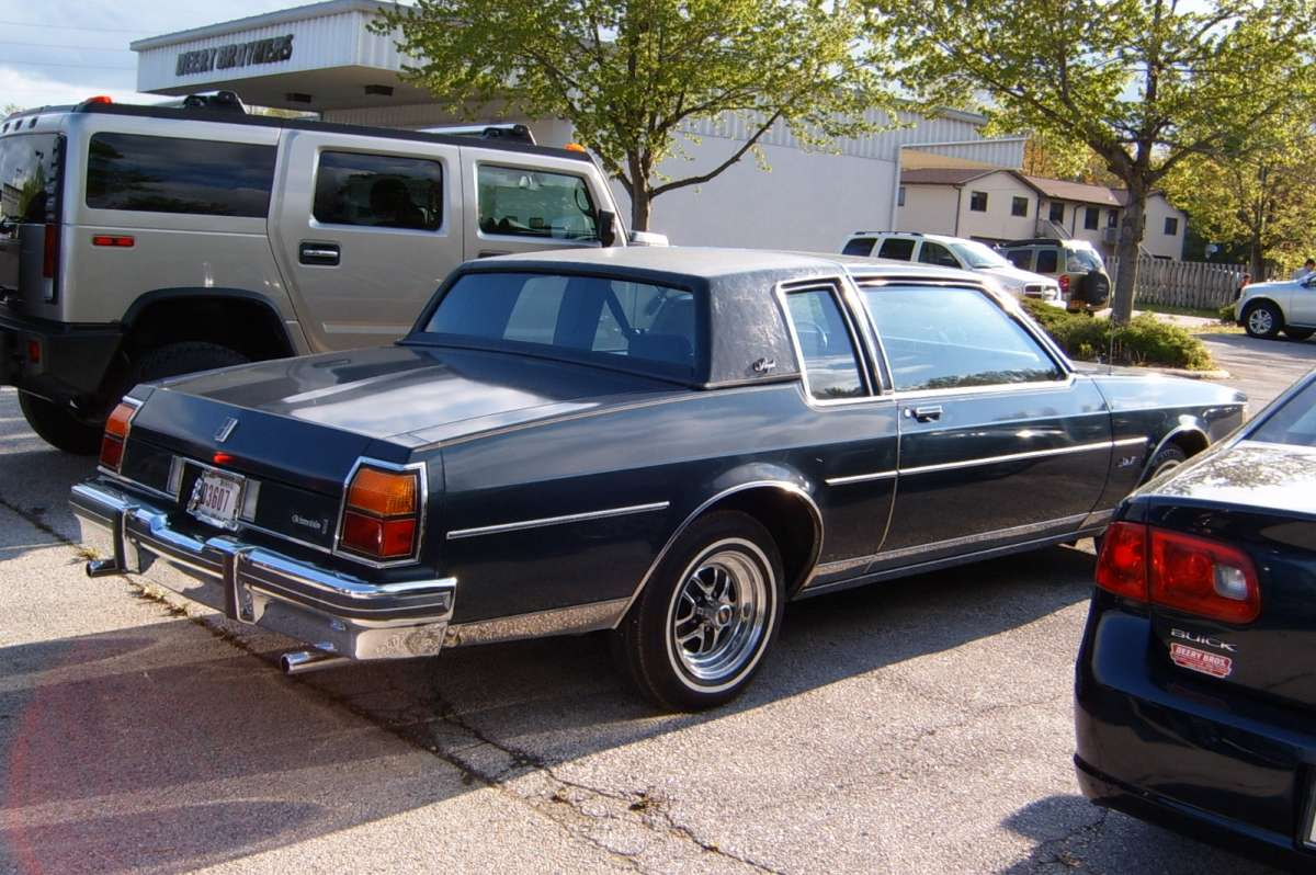 Curbside Classic 1985 Oldsmobile Delta 88 Royale Last