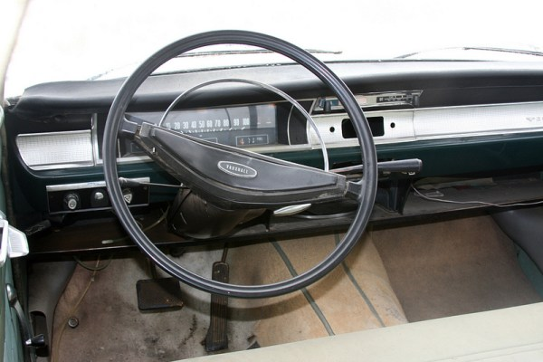 1966 Vauxhall Victor 101 Super interior