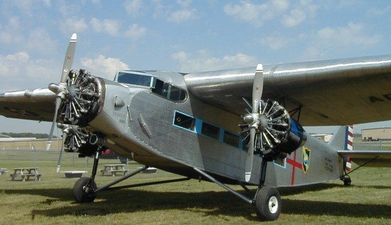 Ford Trimotor Front-Left21-550x317