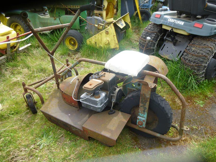 Image gallery vintage mowers