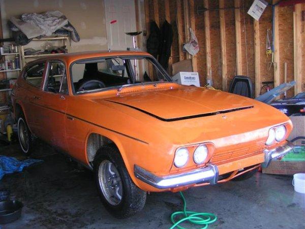 1969 Reliant Scimitar GTE garage