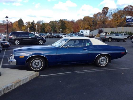 Ford 1973 torino side