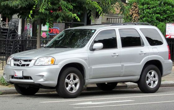 9-2005-2007_Mazda_Tribute_--_05-23-2012
