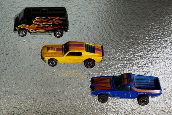 Hot Wheels Flying Colors