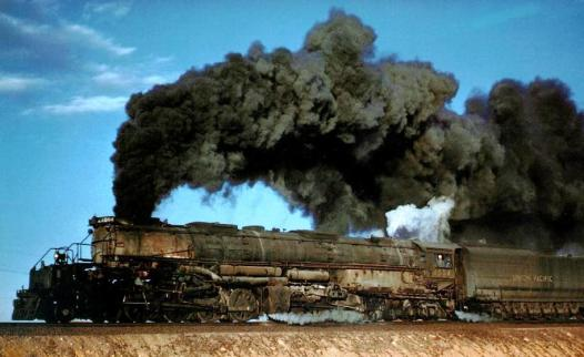 Big Boy 4014 steaming