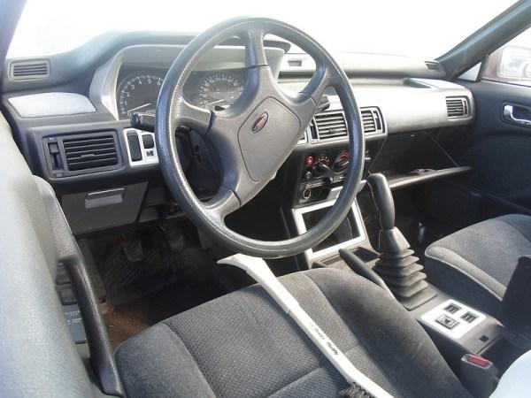 1992 Eagle 2000 GTX interior