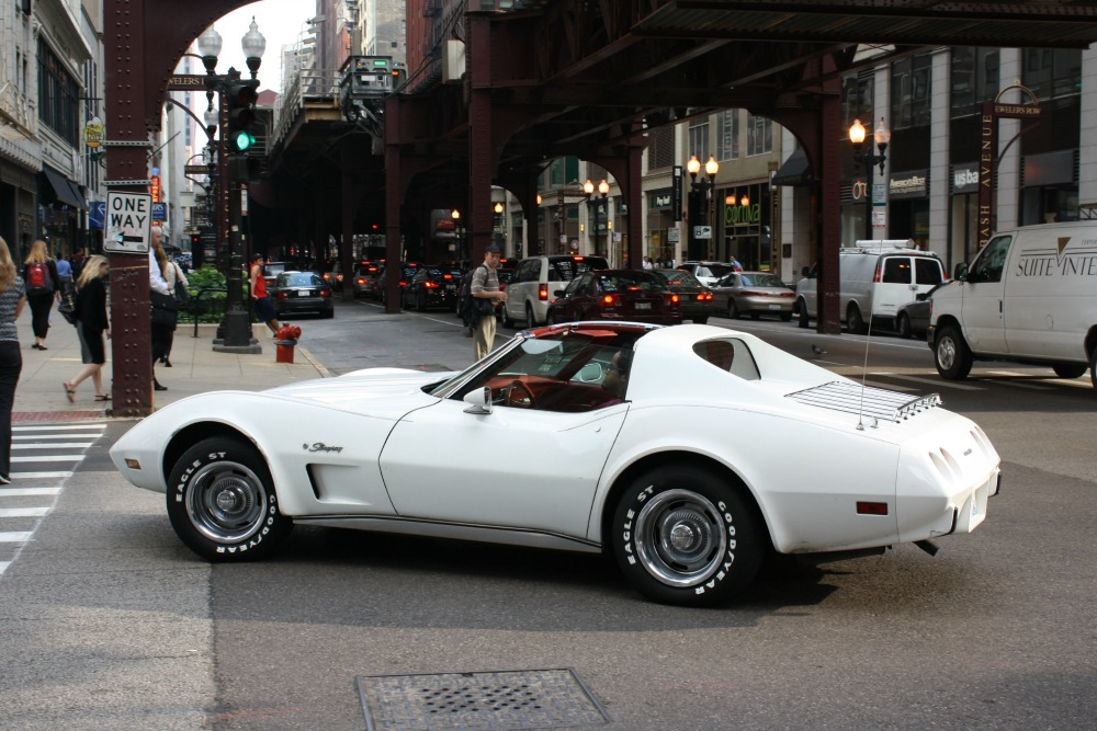 In Motion Classic 1976 Chevrolet Corvette Stingray