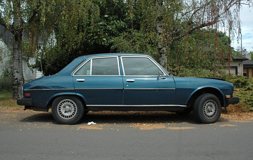 curbside classic 1976 peugeot 504 one continent s french mercedes and coty is another. Black Bedroom Furniture Sets. Home Design Ideas