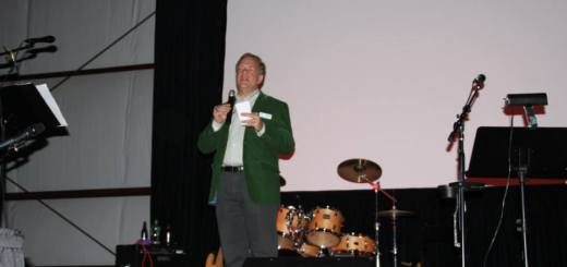 Zionsville Education Foundation president Bob Spoonmore speaks at last year's Fall Frolic. (Submitted photo)