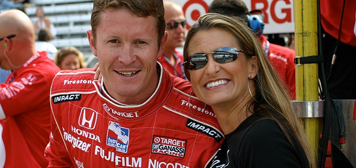 Scott Dixon, the winner of the 2008 Indianapolis 500, visits with Crash Gladys. (Submitted photo)