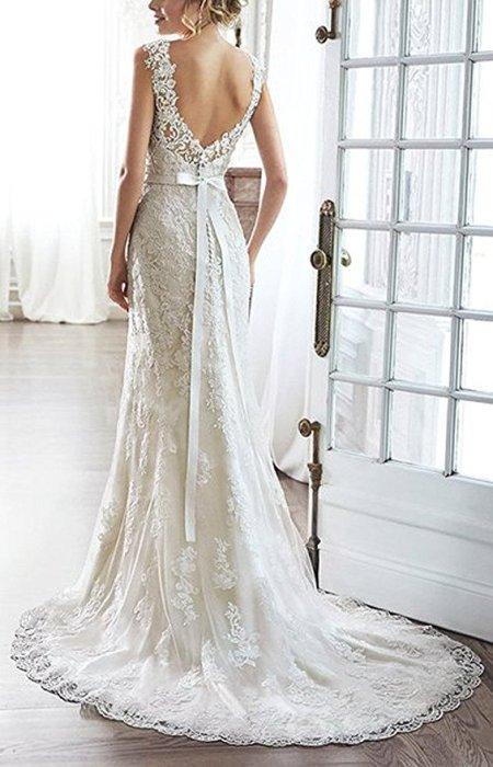 Lace V-Back Sweetheart Neckline Wedding Dress