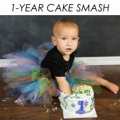 WEB_GALLERY_04_1-YEAR_CAKE_SMASH_8x8_button