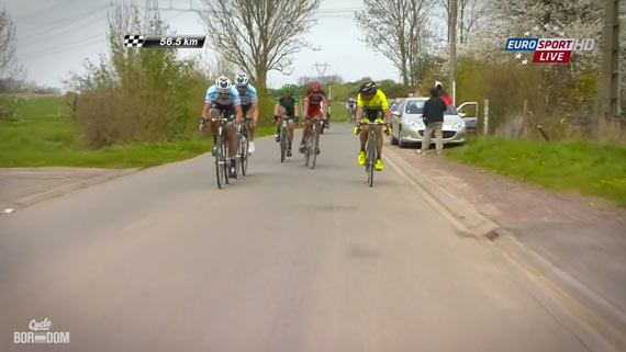 Cycleboredom | Screencap Recap: Paris-Roubaix - Bad Decision
