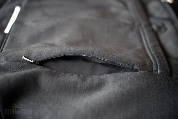 Cycleboredom | What I'm Riding: Rapha Winter Jersey - Side Pocket