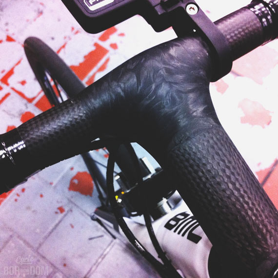 Spotted: Calfee Custom Carbon Schmolke Bar/Stem Combo