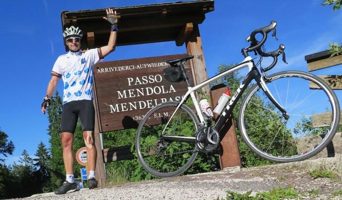 Passo della Mendola - my new Hautes Alpes kit - ha!