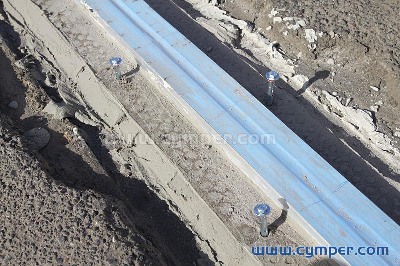 Reparación de junta de dilatación en pavimento asfáltico - 11