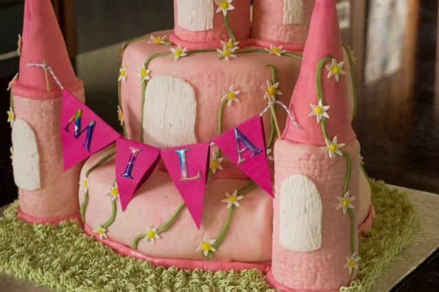 Mila's cake 0130