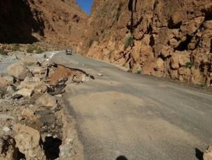 حالة الطريق الرابطة بين تنغير وإملشيل بعد الأمطار الأخيرة