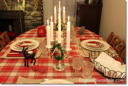 easy Christmas tablescape