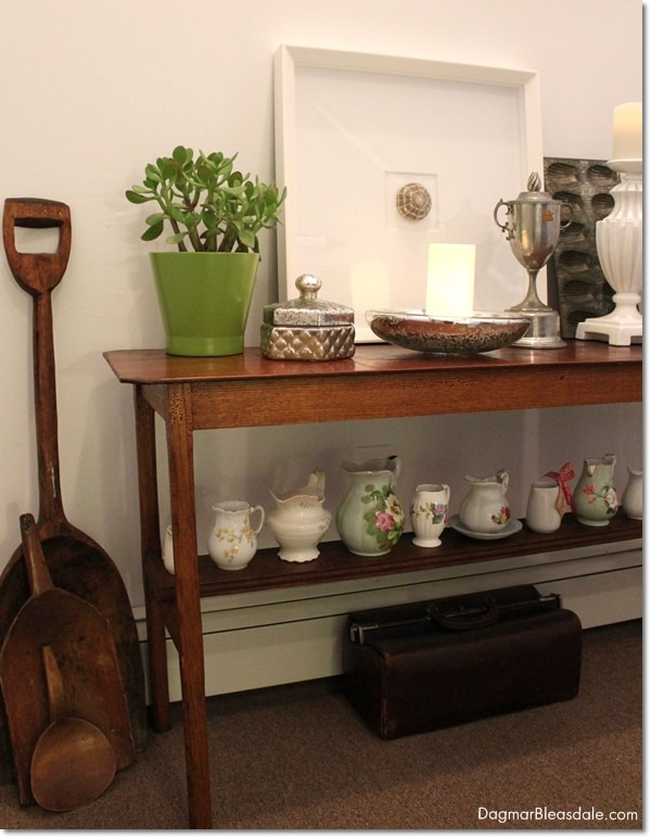 table decor with vintage items