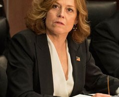 sigourney-weaver-political-animals
