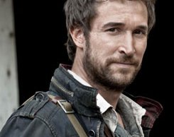 Noah-wyle-falling-skies-interview