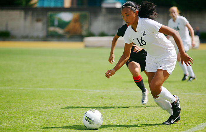 Lauren Battung scored a goal in the 60th minute of Cal's win. It was the junior forward's second goal of the season.