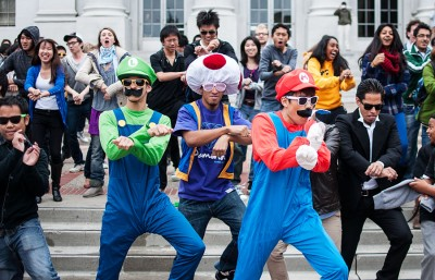 Hundreds of people showed up on Sproull for a Gangnam Style flash mob, an event organized by Berkeley students.