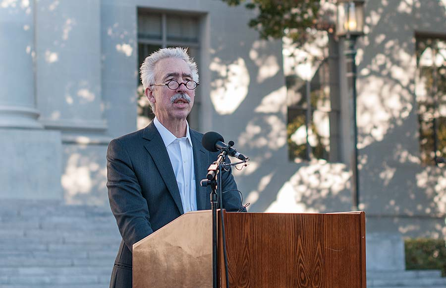 Chancellor Nicholas Dirks speaks at the Nelson Mandela Memorial on Saturday at Sproul Plaza.