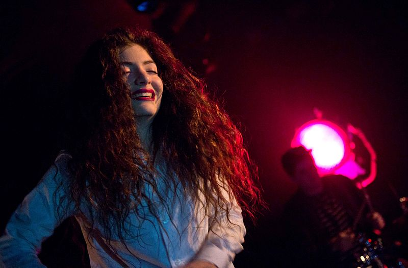 Lorde_in_Seattle_2013_-_2