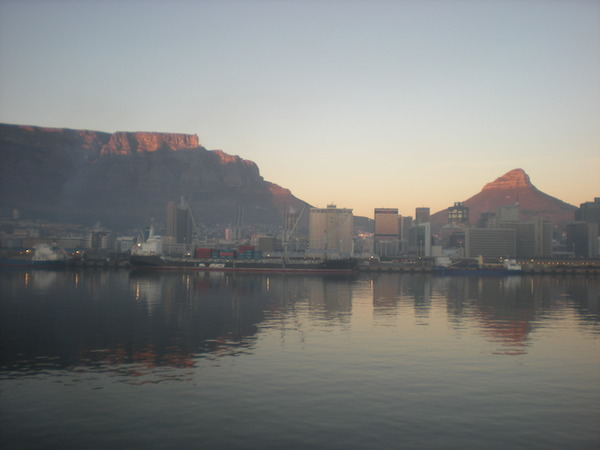 Sunrise on Table Mountain and Cape Town