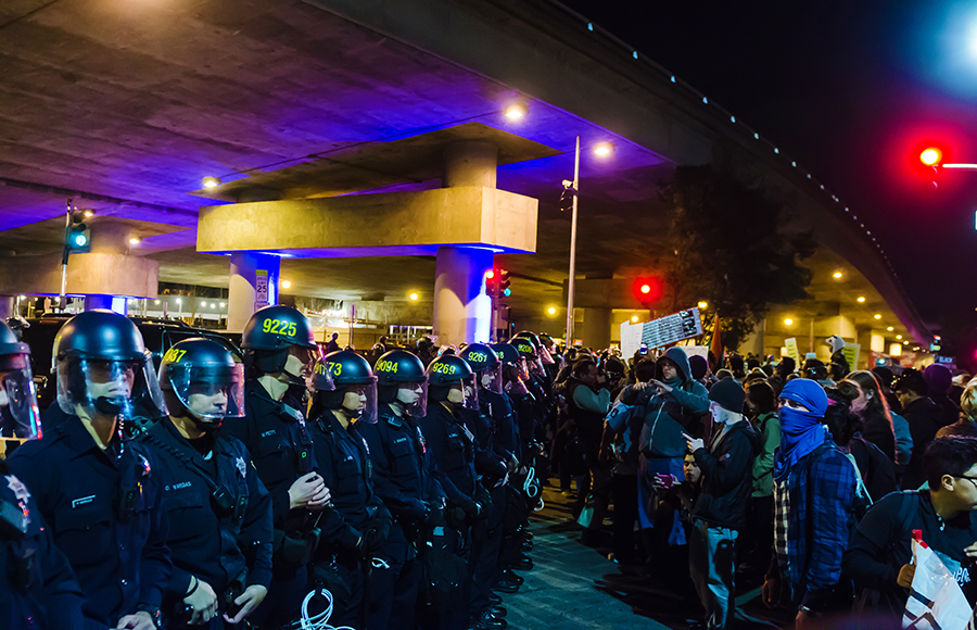 After grand jury decides to not indict Ferguson officer, protests erupt in Oakland