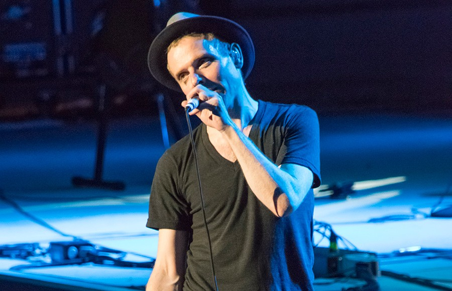 Belle Sebastian Opening Acts Shine In Greek Theater Performance
