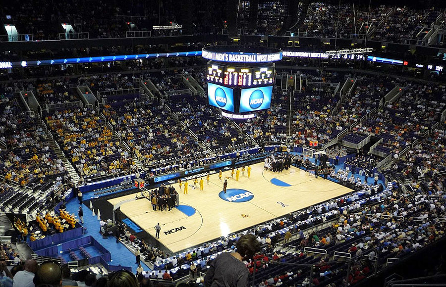 Bettors banking on Elite Eight favorites in NCAA tournament