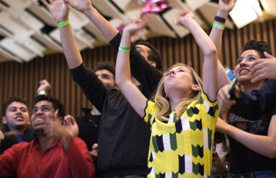 Current Student Advocate Jillian Free cheers as votes are tallied. Karen Chow/Staff