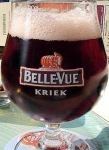 English: Kriek, a beer brewed with cherries (Photo credit: Wikipedia)