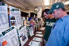 Auction-6 (Photo credit: Tulane Public Relations)