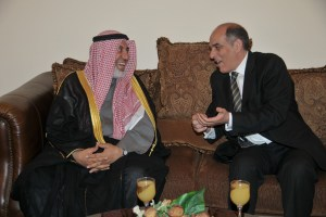 Minister of petroleum meets with the Kuwaiti oil minister. (Photo courtesy of the Ministry of Petroleum)