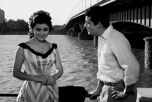 Still from the movie, featuring Soad Hosni and Shokry Sarhan