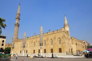 Minister of Tourism Zazou wants to attract 200,000 Iranian tourists to Egypt per year, but stressed that they would not be allowed to visit sites venerated by the Shi'a such as the Imam Al-Husayn Mosque (above) (DNE Photo/Hassan Ibrahim)