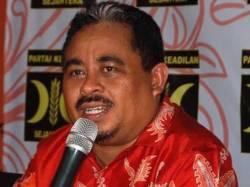 Presiden PKS, Luthfi Hasan Ishaaq, Sabtu (5/5/2012). (KOMPAS.com/Yatimul Ainun)