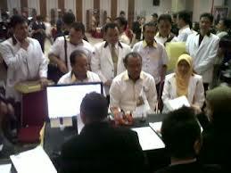 Pengurus PKS saat penyerahan DCS ke KPU