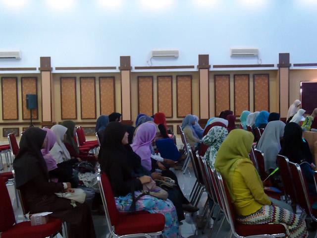 ldk-al-kautsar-seminar-empowering-muslimah-05