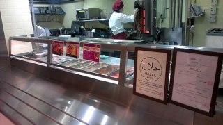Kebab halal yang tersedia di kafetaria di Universitas Kyoto. (jakartashimbun)