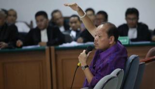 Politisi Partai Demokrat Sultan Bhatoegana saat hadir sebagai saksi dalam persidangan kasus suap Kepala SKK Migas di Pengadilan Tipikor Jakarta, Selasa (25/2) - Foto: viva.co.id